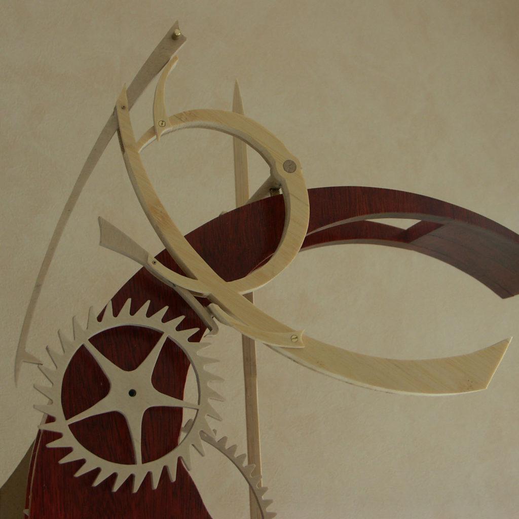 horloge en bois Lunaire Roland Dutoya