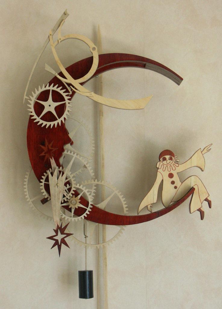 horloge en bois artisanale Lunaire par Roland Dutoya