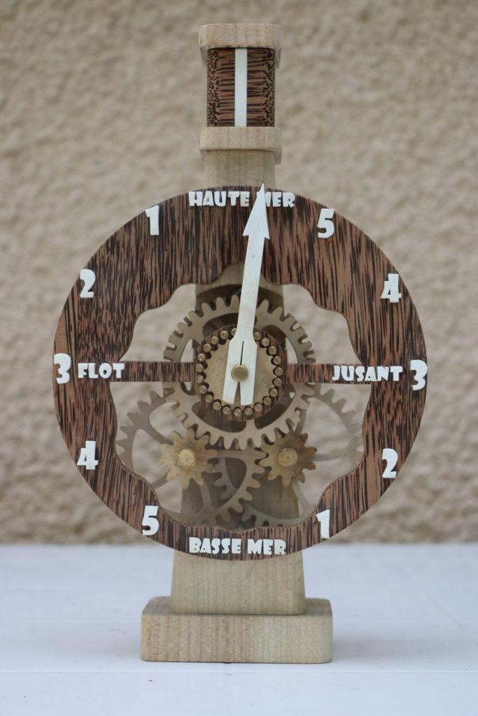 Roland Dutoya Horloge artisanale Pendule de Neptune